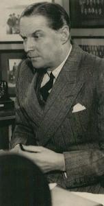Rolf Stranger var ordfører i flere omganger, stortingsrepresentant og medlem av Oslo bystyre sammenhengende fra 1926 til 1967.